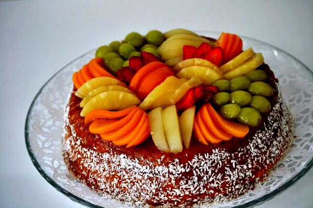 Hedelmäinen kakku Viitakodin tapaan
