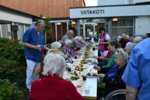 Viitakodin pihajuhlat @ Hyvinvointikeskus Viitakoti | Jyväskylä | Suomi