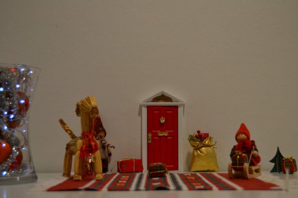 Viitakodin perinteiset Joulukoristeet
